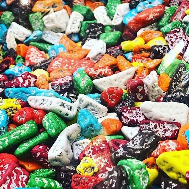 قیمت شکلات دراژه سنگی
